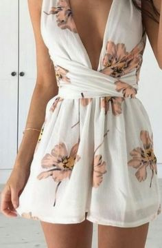 Gorgeous Summer Holiday Party Outfit Ideas - Party Dresses and Party Outfits Trendy Summer Outfits, Casual Outfits, Cute Outfits, Summer Dresses, Outfit Summer, Evening Outfits, Night Outfits, Long Shirt Dress, The Dress