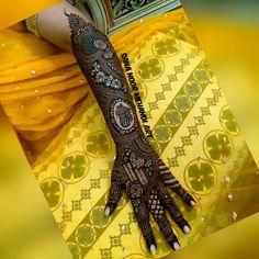 Kashee's Mehndi Designs, Latest Bridal Mehndi Designs, Mehndi Design Pictures, Wedding Mehndi Designs, Mehndi Designs For Hands, Mehndi Digain, Bridal Henna, Makeup Brushes, Deer