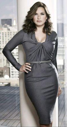 Mariska Hargitay Bad Ass Olivia Benson!