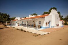 Bahamas House, Earthship Home, Pintura Exterior, Surf House, Portugal, Paradise On Earth, House Painting, My Dream Home, New Homes