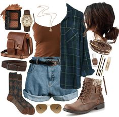 Discover outfit ideas for weekend made with the shoplook outfit maker. How to wear ideas for Retro High Waist Denim and Heart Necklace Aesthetic Fashion, Aesthetic Clothes, Look Fashion, 90s Fashion, Fashion Outfits, Witch Fashion, Grunge Outfits, Mode Outfits, Fall Outfits