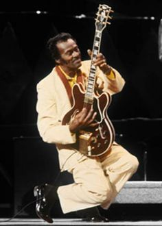 The inventor of Rock 'n Roll guitar. The first true superstar guitarist to the genre. Rock Roll, Rock N Roll Music, Blues Artists, Music Artists, Elvis Presley, Music Pics, 60s Music, Chuck Berry, Famous Singers