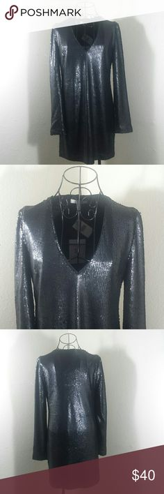 WAYF Skyline Sequin Dress Shift dress cut with a sleek V- neckline. Allover sequin. Wayf Dresses