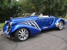 Auburn Speedster 1936 The vehicle, and that is referred to as an oldtime auto, would Auto Retro, Retro Cars, Best Classic Cars, Classic Trucks, Chevy Classic, Classy Cars, Vintage Trucks, Amazing Cars, Awesome