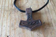 Thor hammer made by me! Thor hammer made by me! Viking Jewelry, Wooden Jewelry, Tors Hammer, Wooden Cross Crafts, Mjolnir Pendant, Bone Carving, Thor, Jewelry Making, Woodworking
