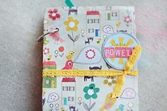 Scrapbooking on Vacation from Elizabeth Kartchner