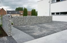a very thin gabion wall is achievable