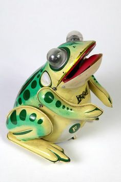 Mechanical frog Place of origin: China (manufactured) Date: 1975-1979 (manufactured) Artist/Maker:Unknown (production) Materials and Techniques: Lithographed tin plate with battery mechanism