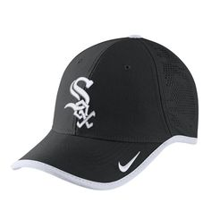 Men s Chicago White Sox Nike Black Vapor Classic Performance Adjustable Hat 7f7fe64eb59a