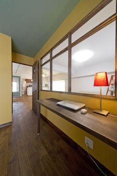 壁塗装、アクセントカラー、室内窓、グラデン
