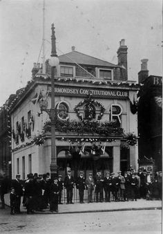 Bermondsey Constitutional Club Grange Road and Alscott Victorian Life, Victorian London, Vintage London, Bermondsey London, Bermondsey Street, Uk History, London History, History Images, Old Maps Of London