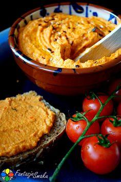 Pasta z czerwonej soczewicy i pieczonej papryki http://fantazjesmaku.weebly.com/blog-kulinarny/pasta-z-czerwonej-soczewicy-i-pieczonej-papryki
