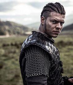 That stare. Ivar #Vikings : @alexhoeghandersen