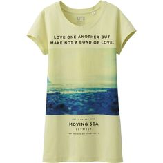 UNIQLO Women Ransom Limited Short Sleeve Graphic T-Shirt ($5.90) ❤ liked on Polyvore featuring tops, t-shirts, short sleeve graphic tees, graphic print t shirts, graphic tees, graphic design t shirts and short sleeve tops