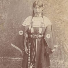 Northern Cheyenne girl - circa 1910  She's beautiful.....
