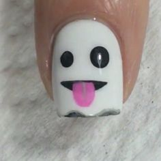Ghost Emoji Halloween Nail Art Designs Read more at: Nail Art Halloween, Holiday Nail Art, Halloween Nail Designs, Fall Nail Art, Cute Nail Art, Nail Art Diy, Diy Nails, Cute Nails, Spooky Halloween