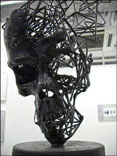 B♠nes ☠ - Steel Wire Sculpture by Tomohiro Inaba