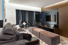 TV stands & cabinets by Angélica Hoffmann Arquiteta e Urbanista