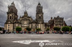 Mexico CIty Zocalo     |     http://www.journeymexico.com/blog/mexico-citys-quaint-neighborhoods-rich-culture-and-delectable-cuisine