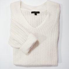 Banana republic oversized sweater Banana Republic off white oversized sweater. Fine wool/nylon blend. 2 small marks on inside of sweater (I have not tried removing). Banana Republic Sweaters V-Necks