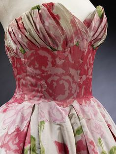 Balmain pleated print silk evening dress 1957 - detail ...I just died. #vintage