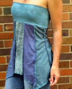 Upcycled tshirts to strapless summer top...if i just add sleeves it would be really cute!