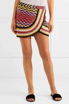 Mettalic crochet mini skirt in red