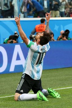 Lionel Messi of Argentina celebrates after scoring his team's first goal during the 2018 FIFA World Cup Russia group D match between Nigeria and Argentina at Saint Petersburg Stadium on June 2018 in Saint Petersburg, Russia. Messi Argentina 2018, Argentina Soccer, Fc Barcelona, Messi Best Goals, Rugby, Lionel Messi Family, Kun Aguero, Messi Vs, Argentina National Team