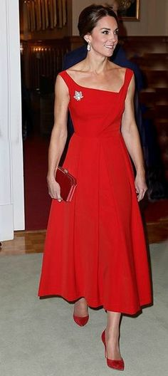Bespoken Kate Middleton Red Dress - Custom Sizing You may not be a Princess in title, but you can feel and look every bit the Princess in this beautiful dress with full skirt. Comfortable wide straps