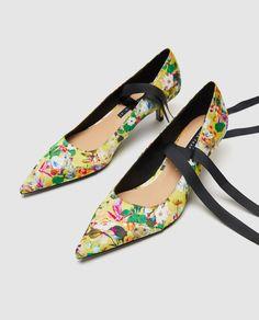 f310bb3720 SALÓN FLORES LAZADA. Floral Court ShoesFloral ...