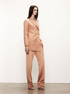 Bottega Veneta #fashion #bottegaveneta #harpersbazaar #resort  Love the slouchy look... it's back!