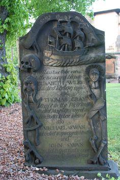 Cemetery in Edinburough, Scotland Cemetery Statues, Cemetery Art, I Am A Freak, Ireland Destinations, Sore Eyes, Graveyards, Safe Place, Secret Obsession, Genealogy