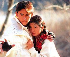 Tetsuo Kurata e Akemi Inoue em cena de Kamen Rider Black (1987~88).