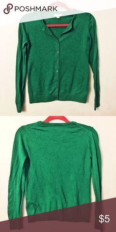 42c569298a0f5 Old Navy Green Cardigan Cute green cardigan. Old Navy Sweaters Cardigans  Green Cardigan