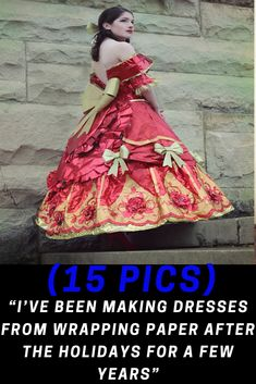"""""""I've Been Making Dresses From Wrapping Paper After The Holidays For A Few Years"""" Dress Making, Wrapping, Fashion Beauty, Wraps, Costumes, Holidays, Paper, Dresses, Vestidos"""