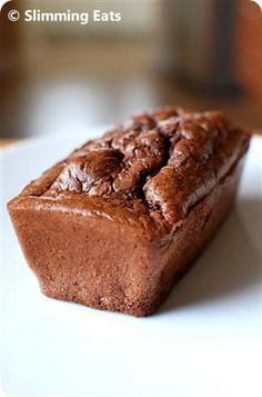 Squidgy Chocolate Cake Slimming Eats - Slimming World Recipes Slimming World Chocolate Cake, Slimming World Sweets, Slimming World Puddings, Slimming World Diet, Slimming Eats, Slimming World Recipes, Slimming Word, Baking Recipes, Cake Recipes