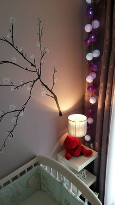 ide dco pour coin bb dans une chambre en toute simplicit avec une guirlande - Guirlande Lumineuse Chambre Bebe