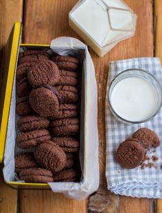 The Kate Tin: Great Aunty May's Romany Creams
