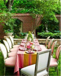 inspired-design:    (via pretty pink tulips)            (via TumbleOn)