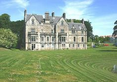 LADY CHRISTINA BRUCE  Pitreavie Castle is located between Rosyth and Dunfermline in Fife, and was first owned by Lady Christina Bruce, Robert the Bruce's sister in the 14th century.