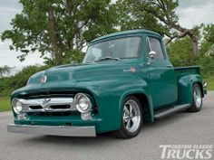 1955 Ford F-100 Classic Pickup Trucks, Old Pickup Trucks, Hot Rod Trucks, Cool Trucks, Big Trucks, Ford Motor Company, Station Wagon, Ford Mustang, Trucks Only