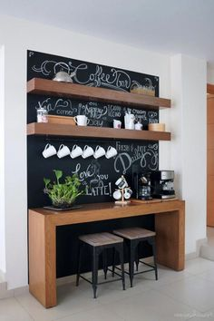 coffee station Before and after: Amazing chalkboard coffee bar Coffee Bar Station, Home Coffee Stations, Tea Station, Coffee Bars In Kitchen, Coffee Bar Home, Coffee Bar Ideas, Coffee Area, Coffee Bar Design, Küchen Design