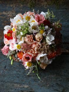 August wedding bouquet by Catkin www.catkinflowers.co.uk