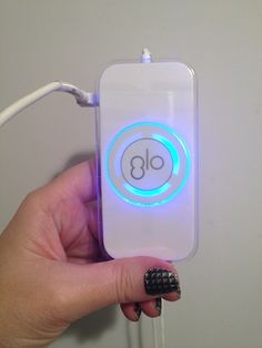 Review, Before/After Photos: GLO Brilliant Personal Teeth Whitening Device - Effective And Safe At-Home Whitening Results