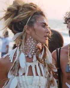 #Repost @hippiespirits BE WILD photo credits: @alisa.belochkina LOVING THIS look…