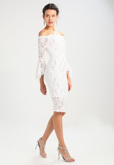aa78c8ed47a2 Sista Glam VANESSA - Cocktail dress   Party dress - ivory for £74.99 (23