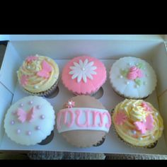 Mum / Mother's Day Cupcakes