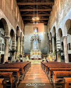Chiesa di San Michele in Borgointerno  Borgo Stretto - Pisa-Italia  Foto di @_.acesio._ #toscana #tuscany #italia #italy #pisa #bogostretto #italytrip #italytour #travelingram #madeinitaly #volgopisa #volgotoscana #volgoitalia #tourism #turism #turismo #instatravel #iloveitaly #arte #volgosocial by volgopisa