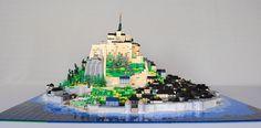Mont Saint-Michel en LEGO microscale #architecture