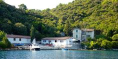 Insel Mljet, Tatinica Restaurant, Spaces, Mansions, House Styles, Water, Outdoor, Home Decor, Croatia, Island